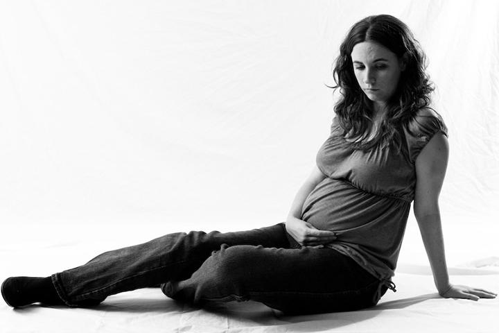 Maternity Session – Emily L.