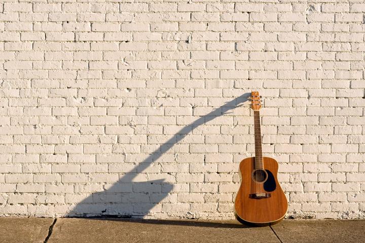 Solo Acoustic Guitar